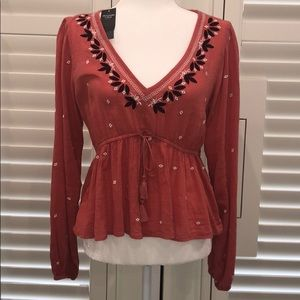 NWT Abercrombie & Fitch Top size medium